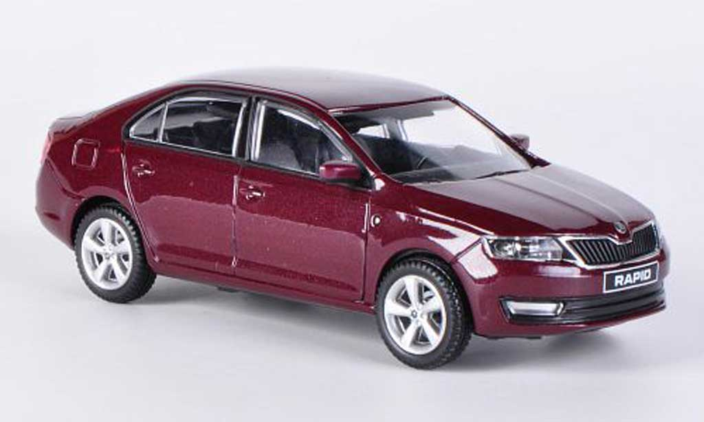 Skoda Rapid 1/43 Abrex rouge 2012 miniature