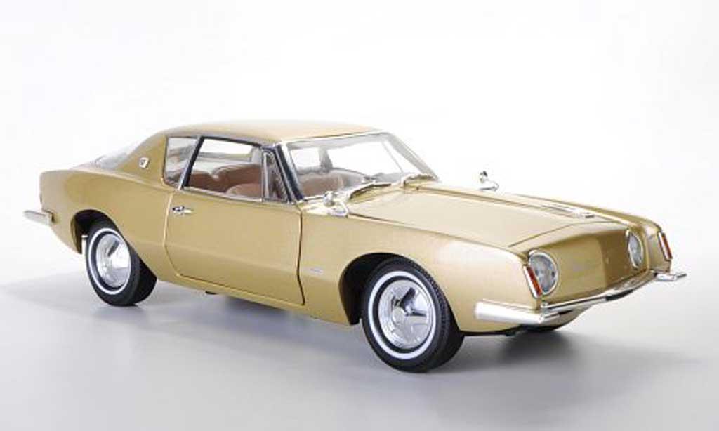Studebaker Avanti 1/18 Signature beige 1963 miniature