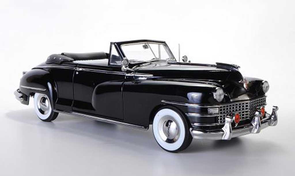 Chrysler New Yorker 1/18 Signature 2-Door Convertible noire 1948 miniature