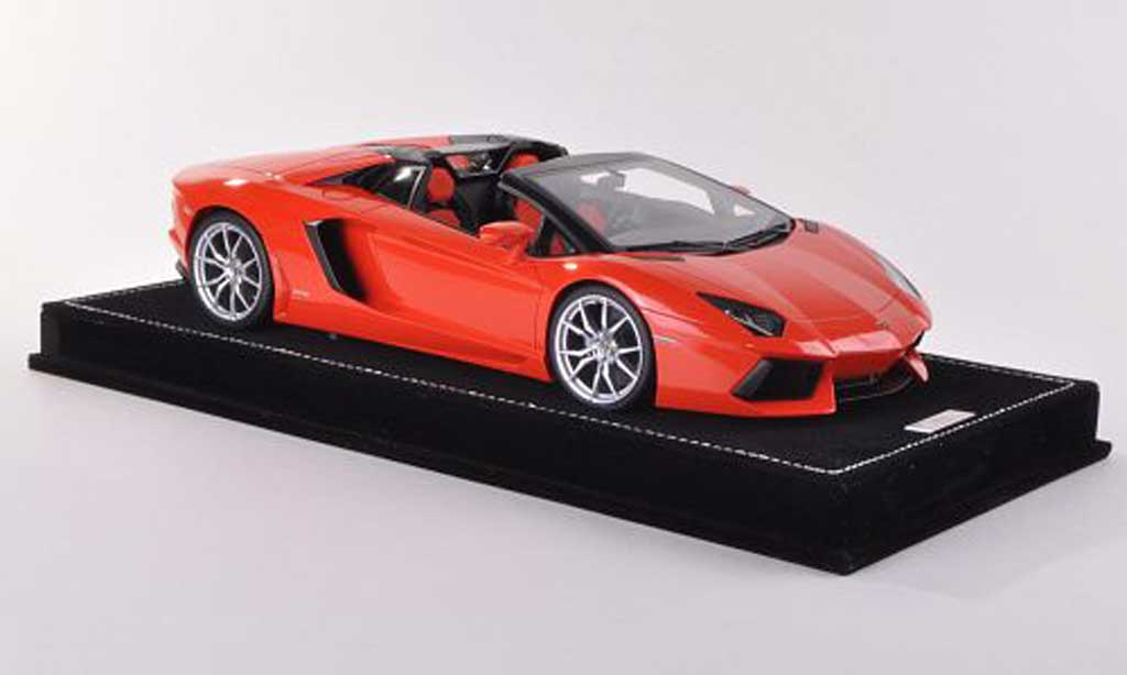 Lamborghini Aventador LP700-4 1/18 MR Collection Roadster orange