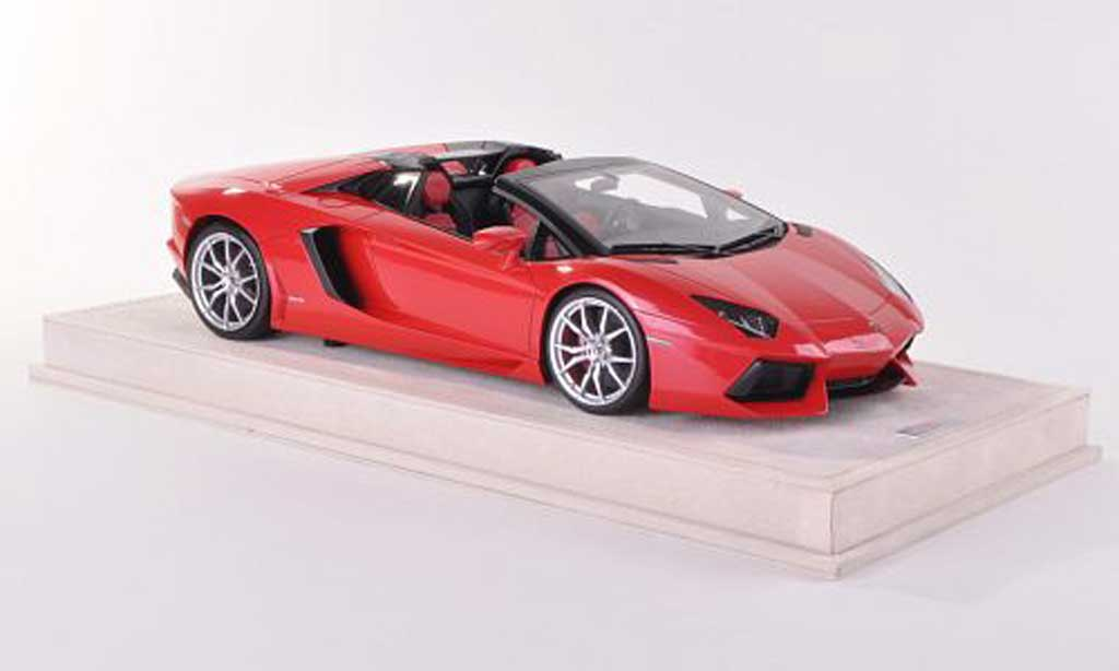 Lamborghini Aventador LP700-4 1/18 MR Collection Roadster rouge  miniature