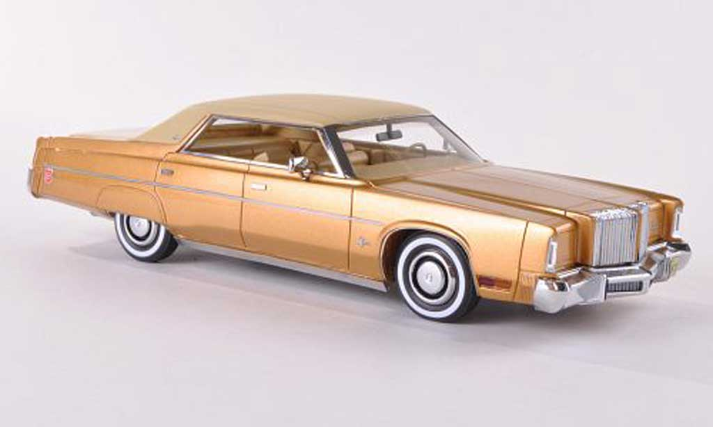 Chrysler Imperial 1/43 Neo 4-Door Hardtop Sedan gold/mattbeige 1975 miniature