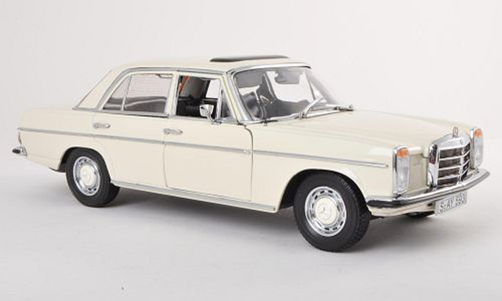 Mercedes 220 1/18 Sun Star (W115) blanche Strich 8 1968