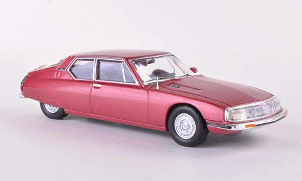 Citroen SM 1/43 WhiteBox rouge miniature