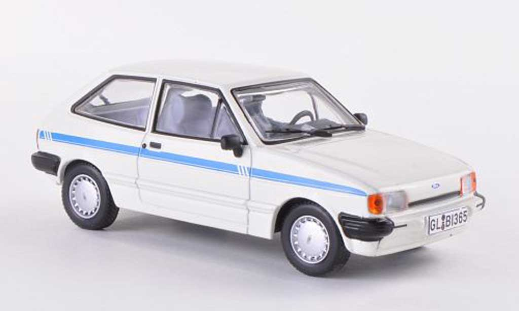 Ford Fiesta 1/43 WhiteBox MKII blanche miniature