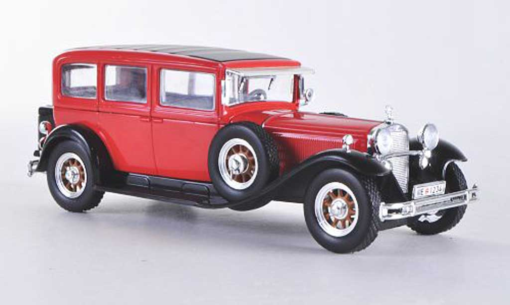 Mercedes 460 1/43 WhiteBox Typ Nurburg (W08) rouge/noire 1929 miniature