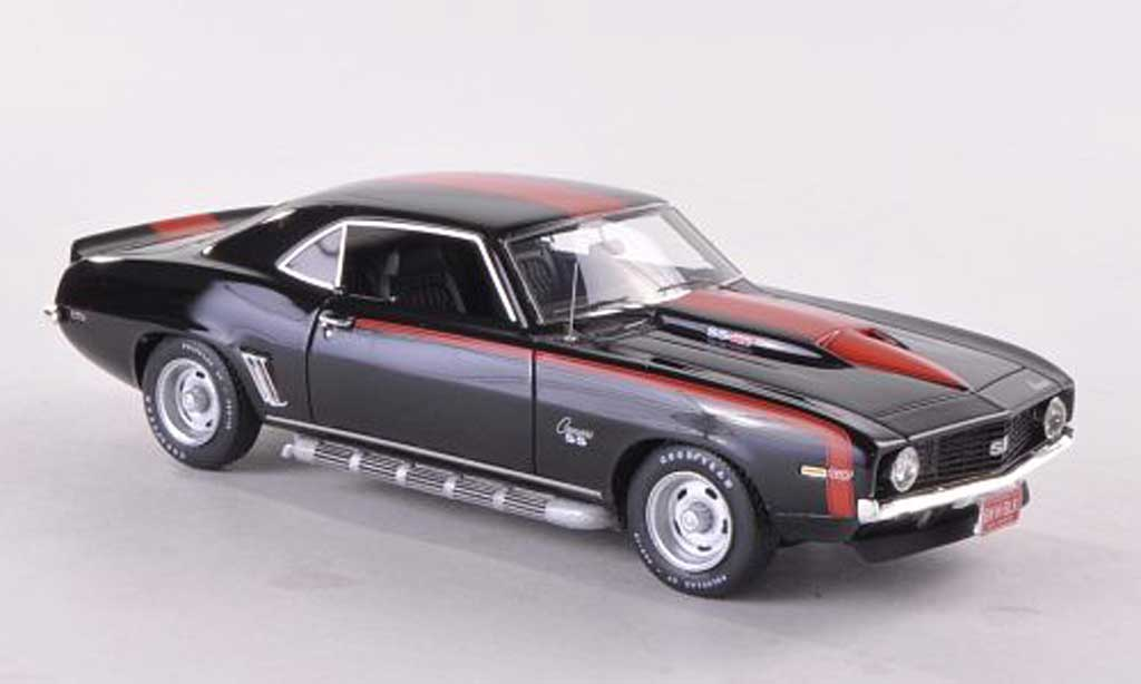Chevrolet Camaro SS 1/43 Highway 61 SS 427 noire/rouge 1969 miniature