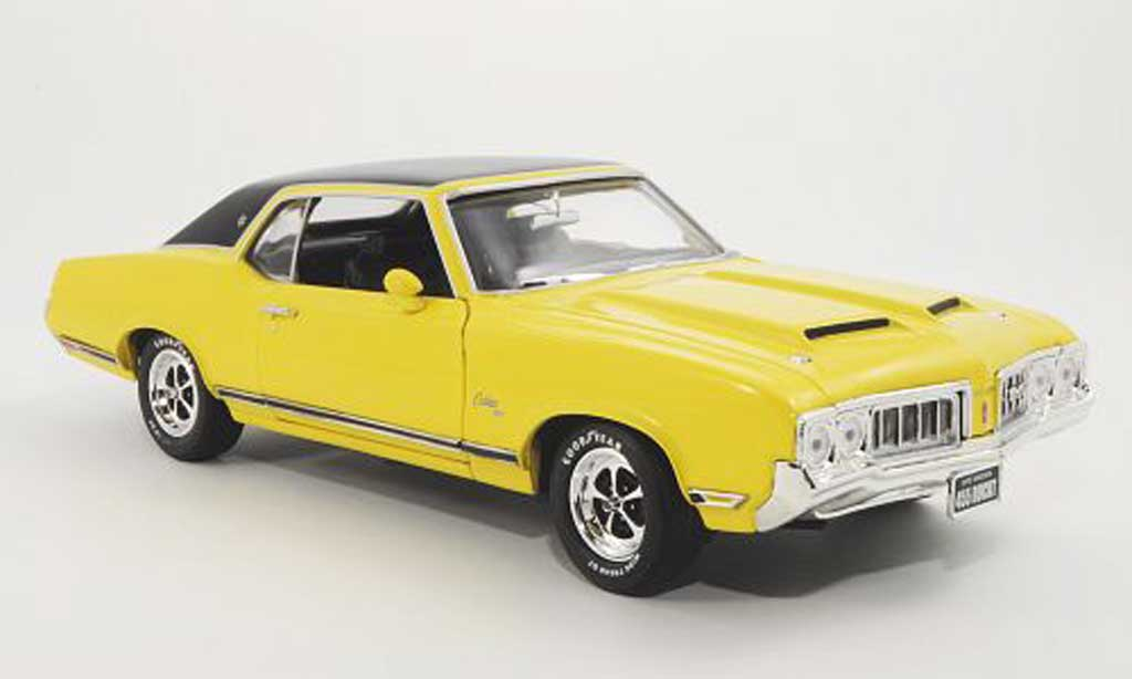 Oldsmobile Cutlass 1/18 Ertl SX jaune/noire 1970 miniature