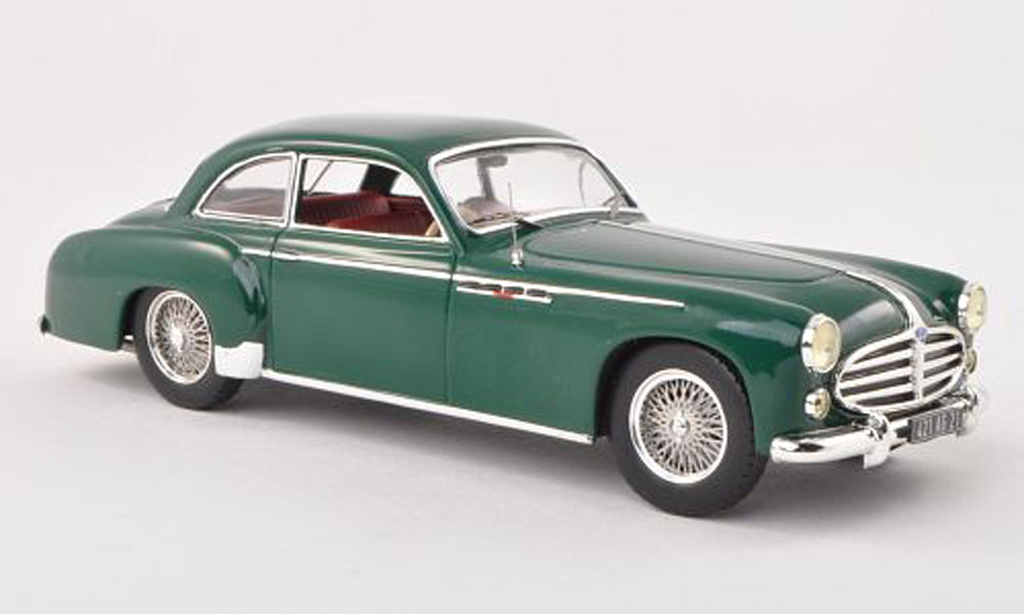 Delahaye 235 1/43 IXO Coach vert RHD 1952 miniature