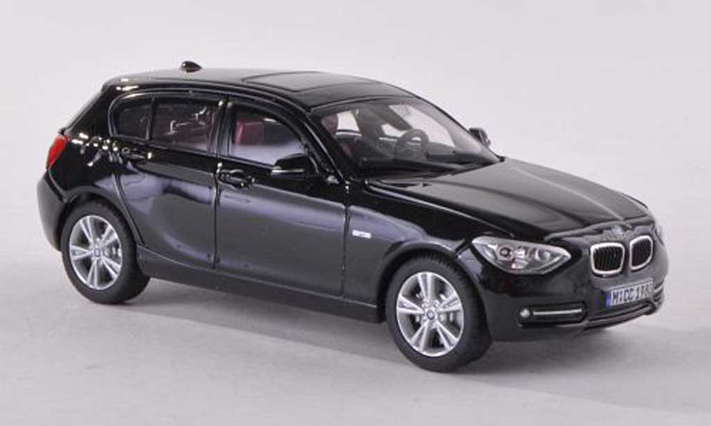 Bmw 118 F20 1/18 Paragon i black  diecast