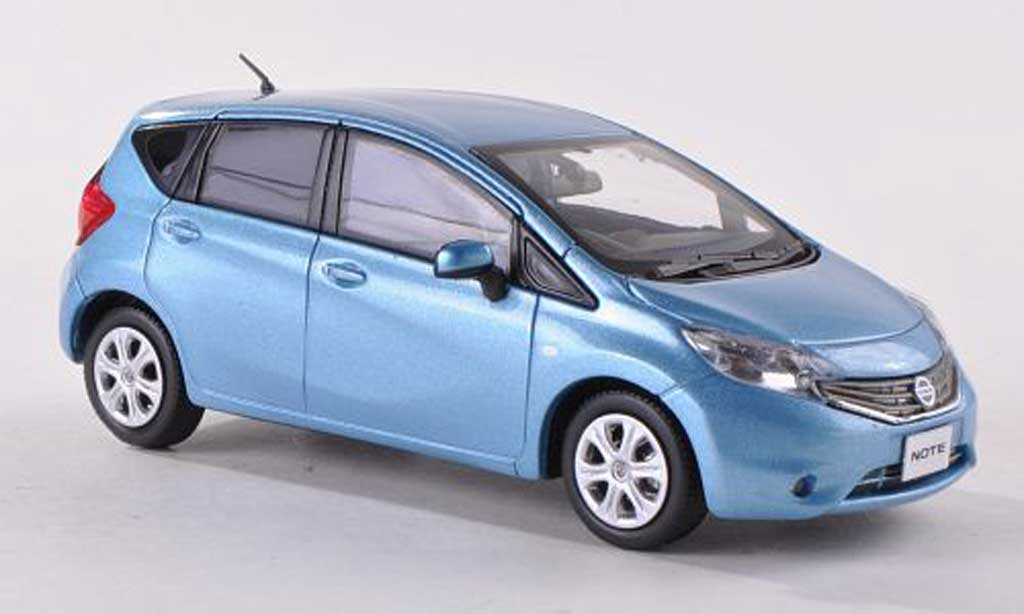 Nissan Note 1/43 J Collection clair-bleu RHD 2013 miniature