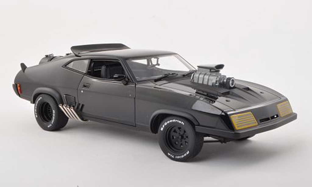 Ford Falcon 1/18 Autoart XB GT Mad Max 2 The Road Warrior Interceptor  1973 miniature