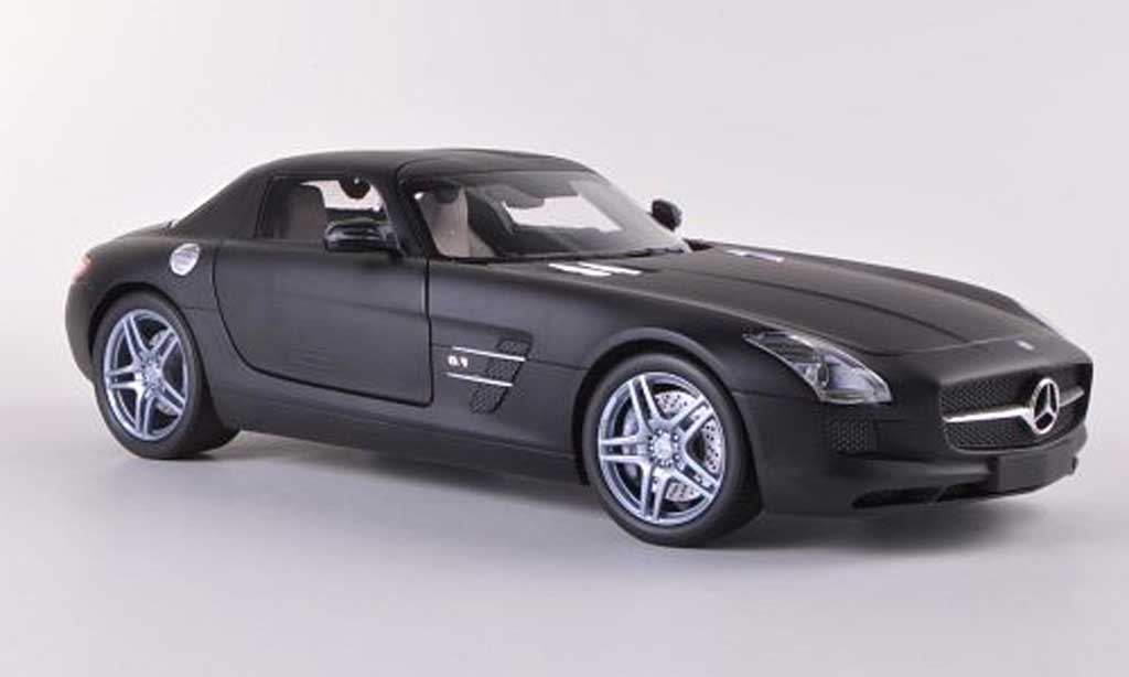 mercedes sls amg c197 mattschwarz 2010 minichamps. Black Bedroom Furniture Sets. Home Design Ideas