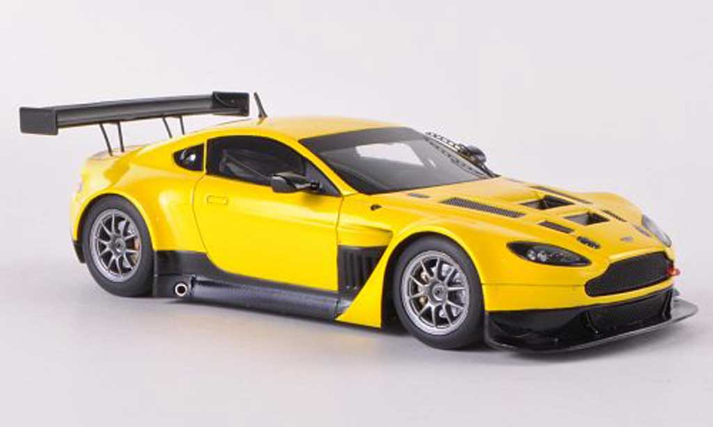 Aston Martin V12 GT3 1/43 Minichamps Vantage jaune Plain Body Version miniature