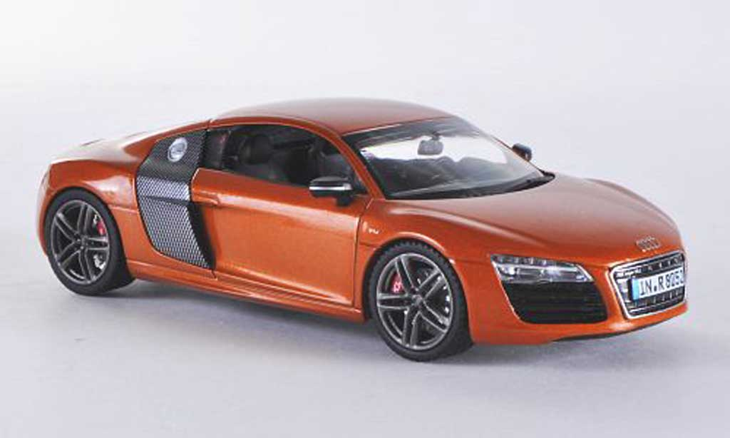 Audi R8 1/43 Schuco orange/carbon 2012 miniature