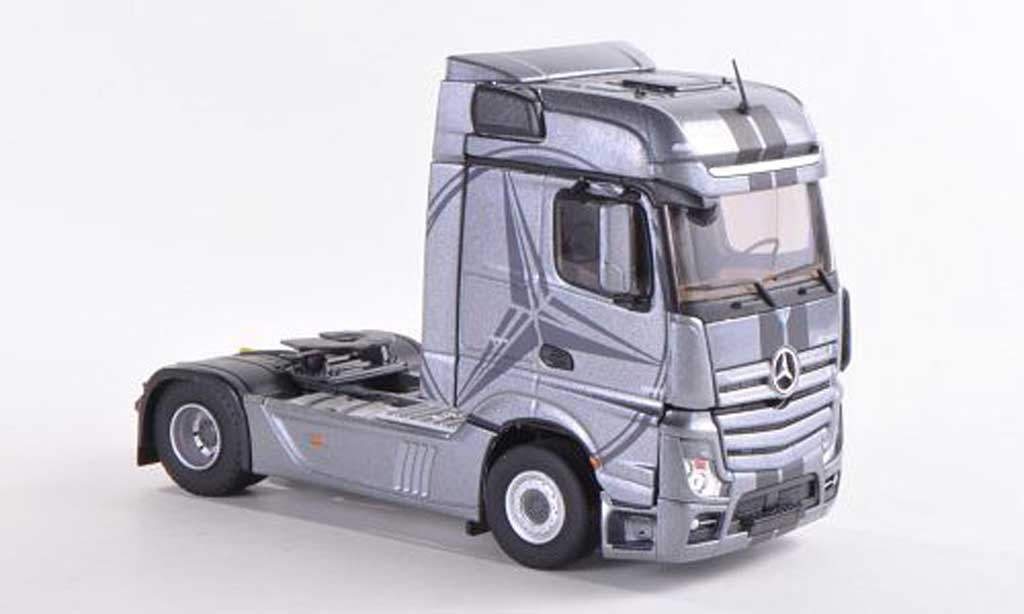mercedes actros mp4 bigspace gray eligor diecast model car 1 43 buy sell diecast car on. Black Bedroom Furniture Sets. Home Design Ideas