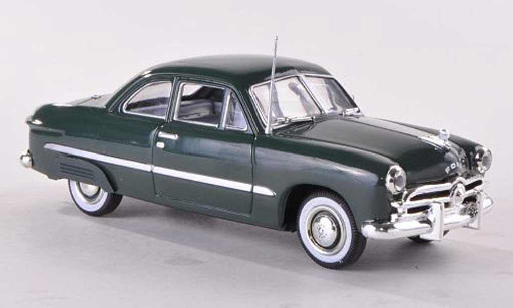 Ford Custom 1949 1/43 American Heritage Models 1949 2-Door Coupe grun mit hinteren Kotflugelabdeckungen miniature