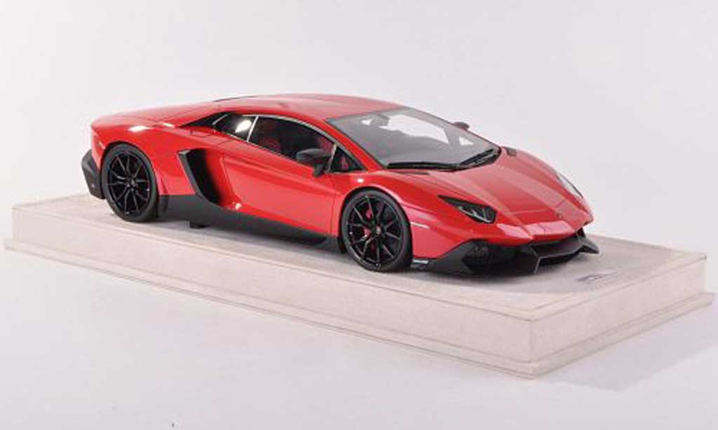 Lamborghini Aventador LP720-4 1/18 MR Collection 50th Anniversario rouge  miniature