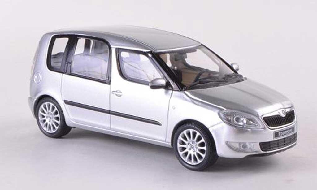 skoda roomster silber facelift 2010 abrex modellauto 1 43 kaufen verkauf modellauto online. Black Bedroom Furniture Sets. Home Design Ideas