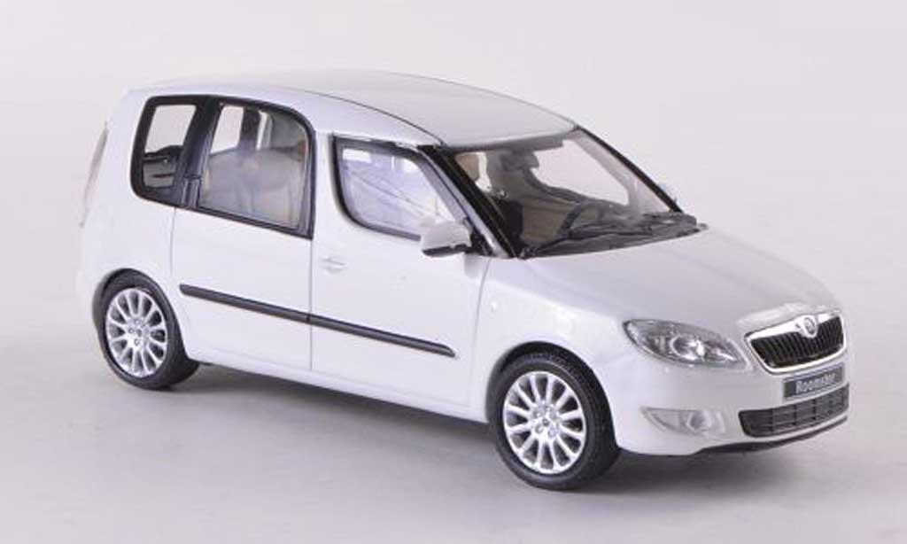 skoda roomster weiss facelift 2010 abrex modellauto 1 43 kaufen verkauf modellauto online. Black Bedroom Furniture Sets. Home Design Ideas