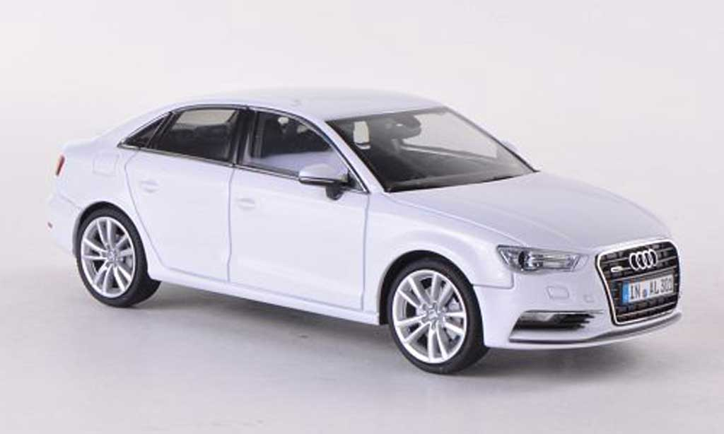 audi a3 miniature limousine blanche 2013 herpa 1 43 voiture. Black Bedroom Furniture Sets. Home Design Ideas
