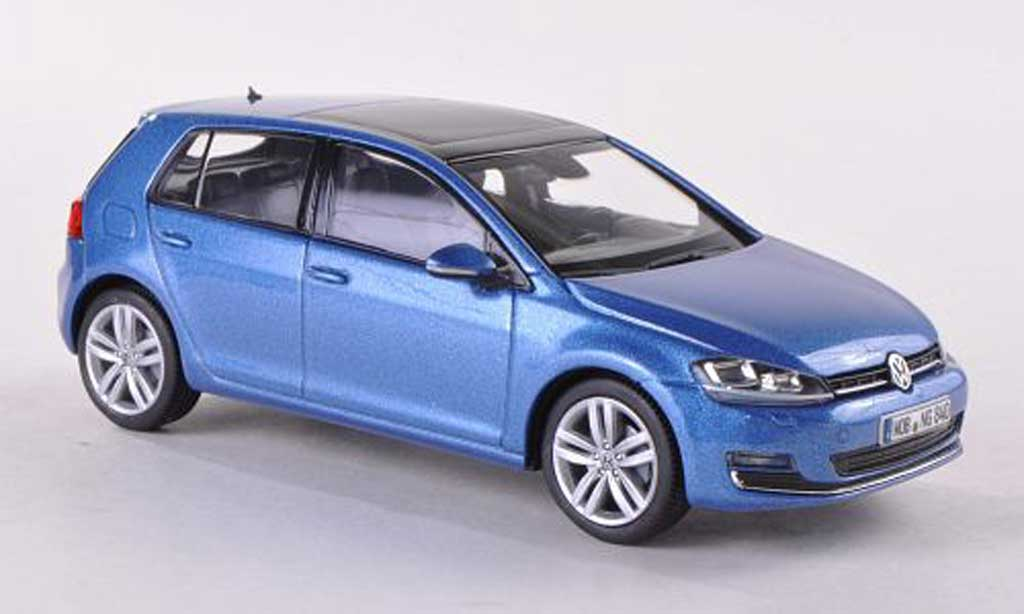 Volkswagen Golf VII 1/43 Herpa blue 5-Turer 2013 diecast model cars