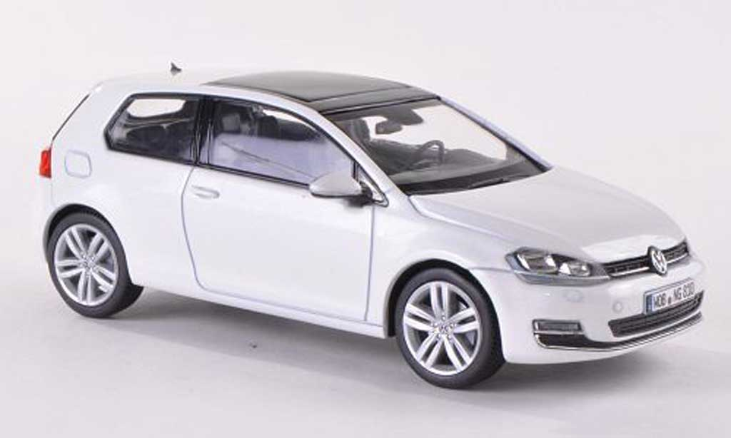volkswagen golf vii miniature blanche 3 turer 2013 herpa 1 43 voiture. Black Bedroom Furniture Sets. Home Design Ideas
