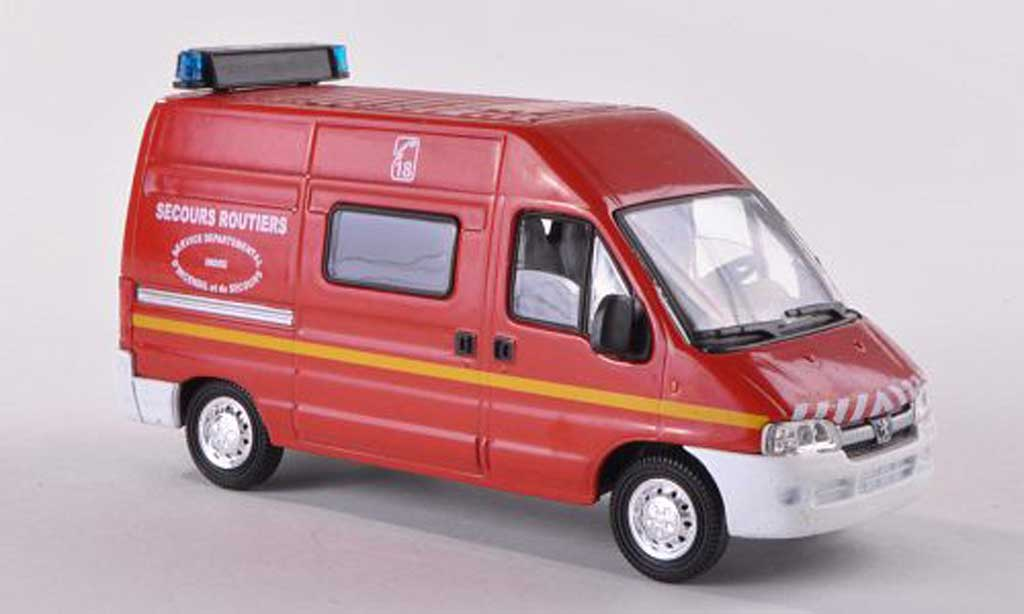 Peugeot Boxer 1/43 Solido Secours routier Indre pompiers (F) miniature