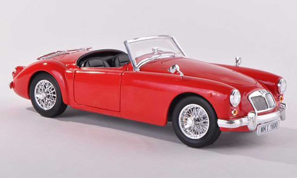 MG MGA 1/18 Revell A Roadster red Verdeck liegt avec diecast model cars