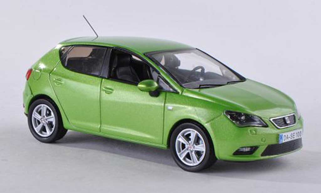 seat ibiza clair green 5 portes 2013 seat diecast model. Black Bedroom Furniture Sets. Home Design Ideas