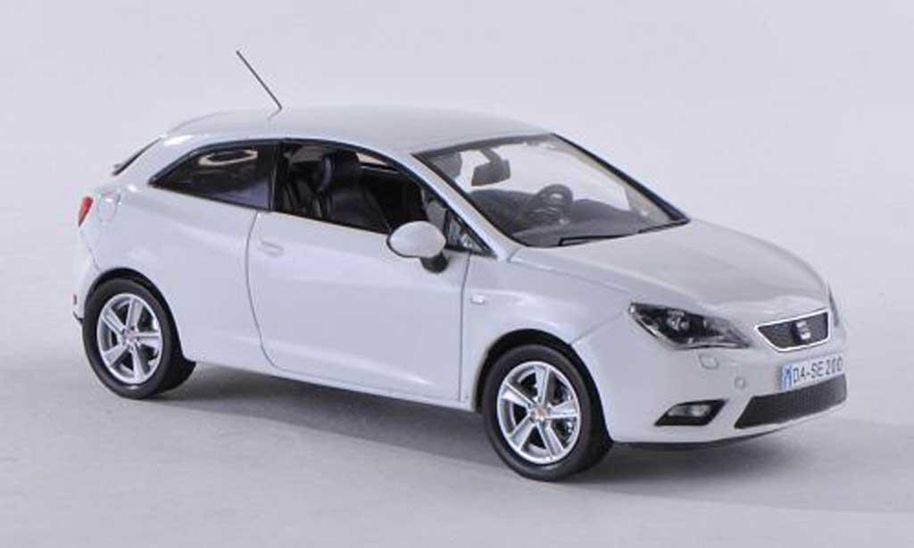 Seat Ibiza 1/43 Seat SC blanche 2013 miniature