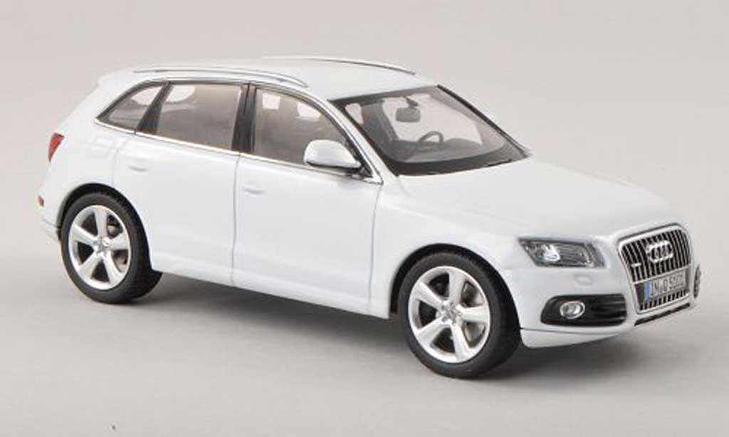 audi q5 weiss 2013 schuco modellauto 1 43 kaufen verkauf modellauto online. Black Bedroom Furniture Sets. Home Design Ideas
