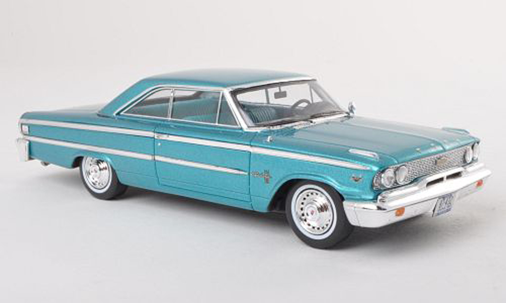 Ford Galaxy 1/43 Spark 500 turquoise modele special MCW L.E.300 1963 modellautos