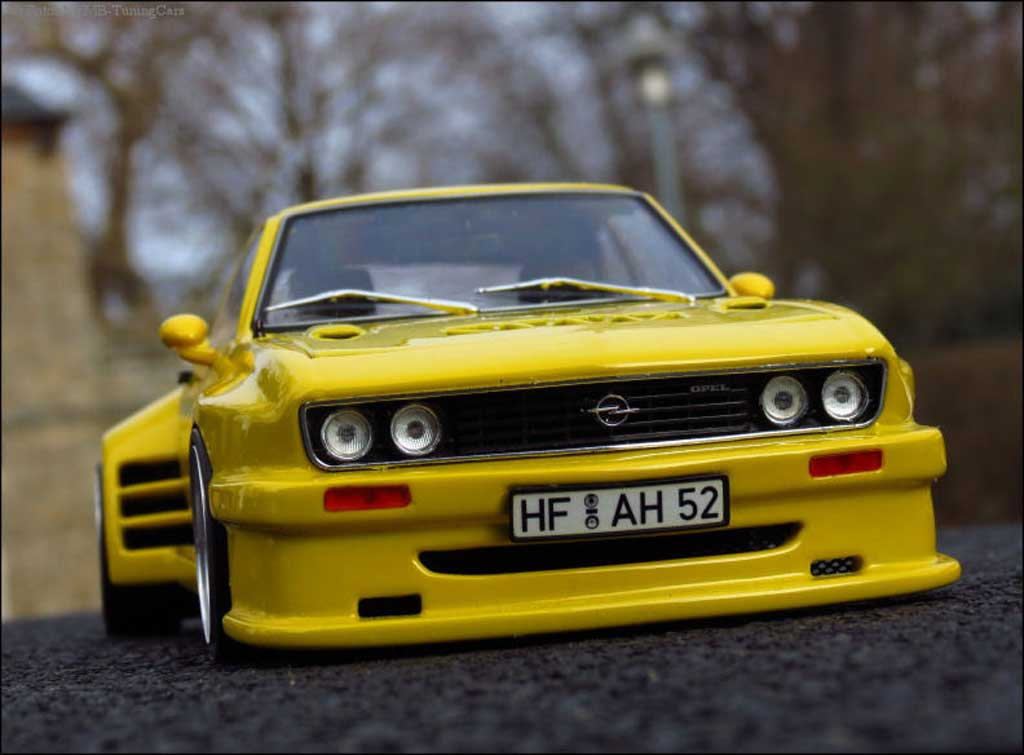 opel manta a miniature jaune kit carrosserie sur mesure. Black Bedroom Furniture Sets. Home Design Ideas