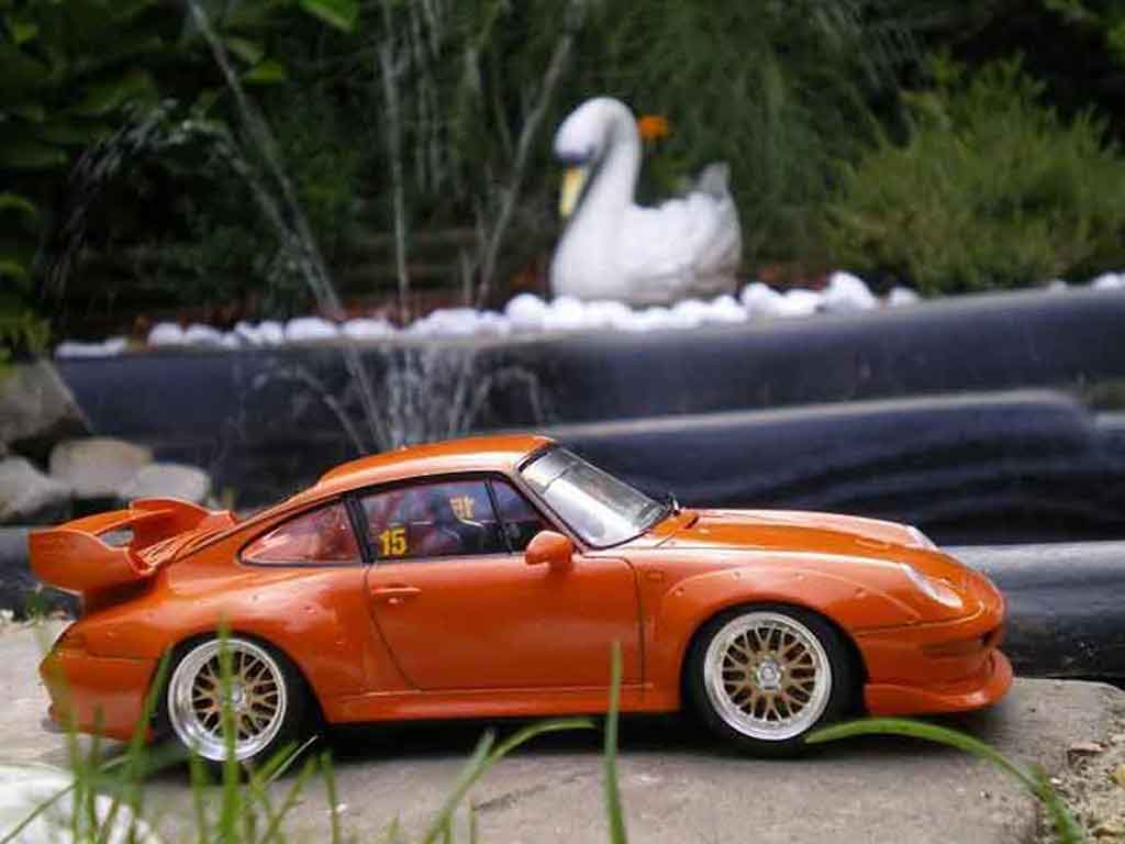 porsche 993 gt2 street version orange ut models modellauto. Black Bedroom Furniture Sets. Home Design Ideas