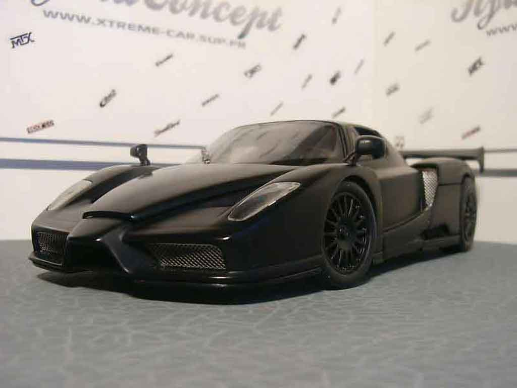 Ferrari Enzo 1/18 Hot Wheels nero tuning miniature