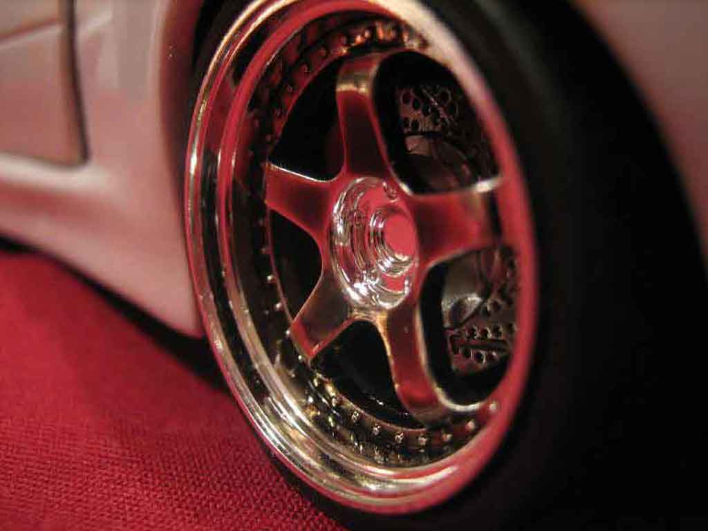 Peugeot 205 GTI 1/18 Solido kit carrosserie