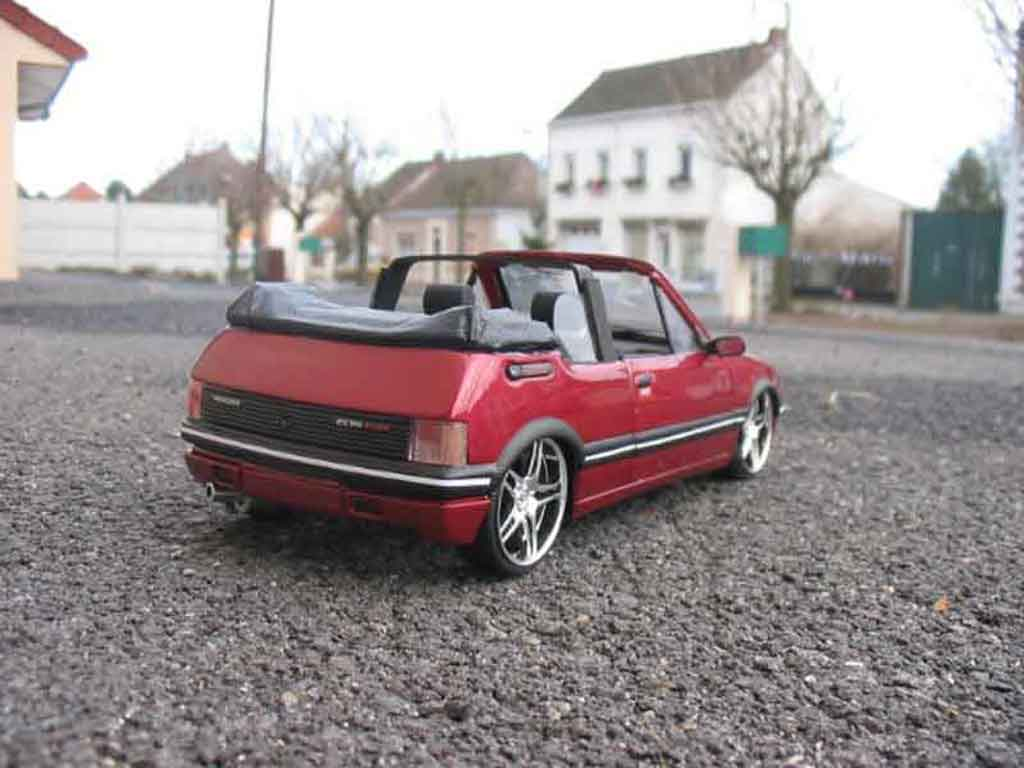 Peugeot 205 CTI 1/18 Solido rouge metallized tuning miniature