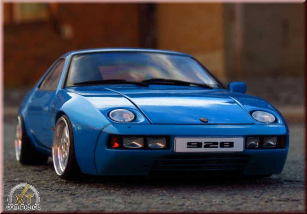 Porsche 928 1/18 Autoart bleu jantes porsche cup logo