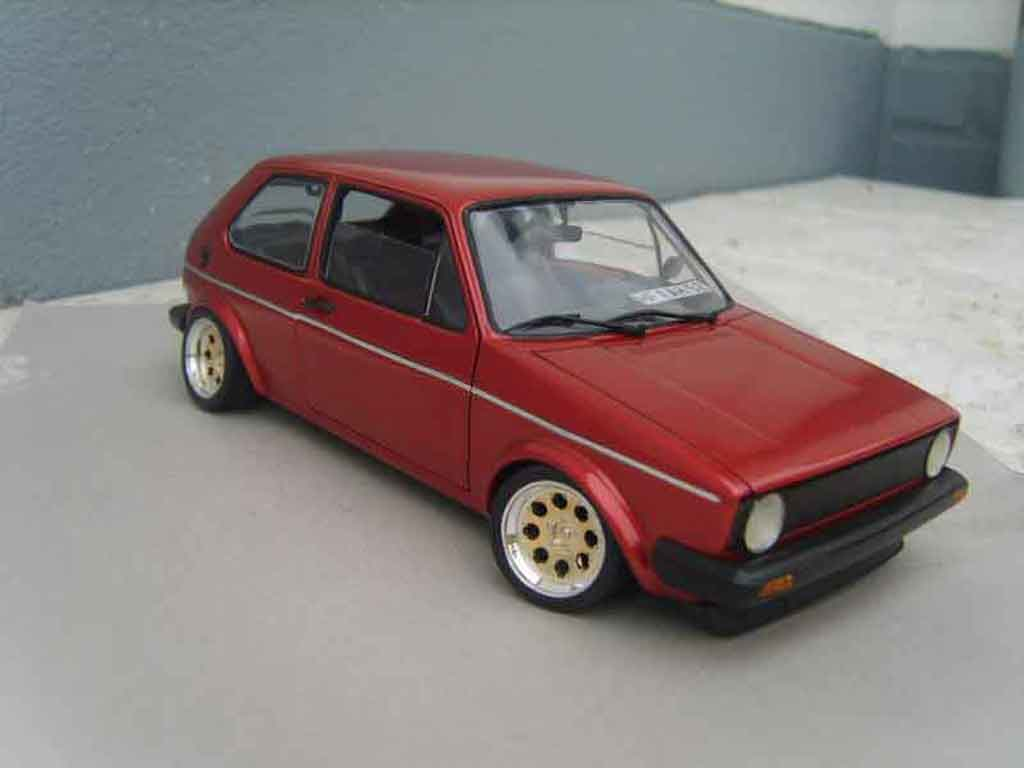 Volkswagen Golf 1 GTI 1/18 Solido rouge mk1 1982 grands feux tuning miniature