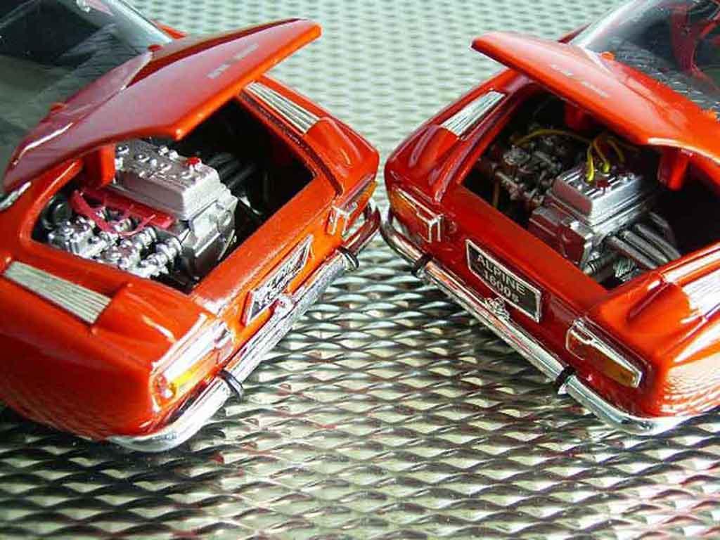 Alpine A110 1/18 Maisto 1600s red