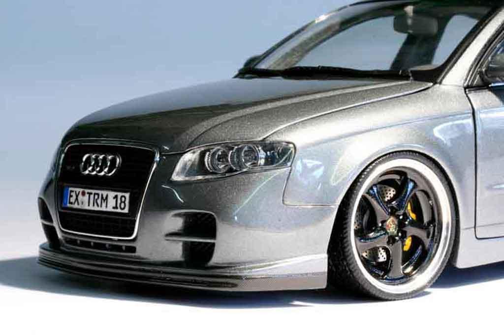Audi A4 Avant 3.2 quattro kit porsche gt3 tuning Minichamps. Audi A4 Avant 3.2 quattro kit porsche gt3 modellini 1/18