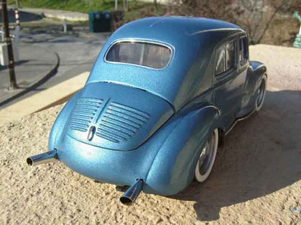 renault 4cv blau solido modellauto 1 18 kaufen verkauf modellauto online. Black Bedroom Furniture Sets. Home Design Ideas