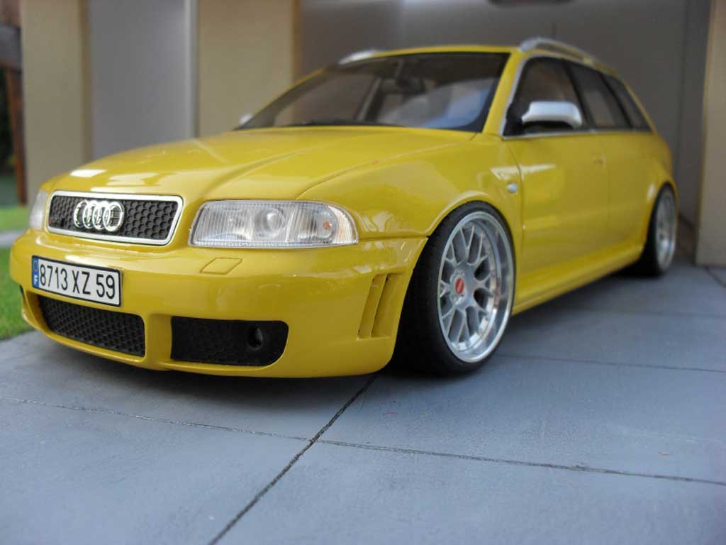 Audi RS4 1/18 Ottomobile yellow jantes BBS 19 pouces tuning diecast model cars