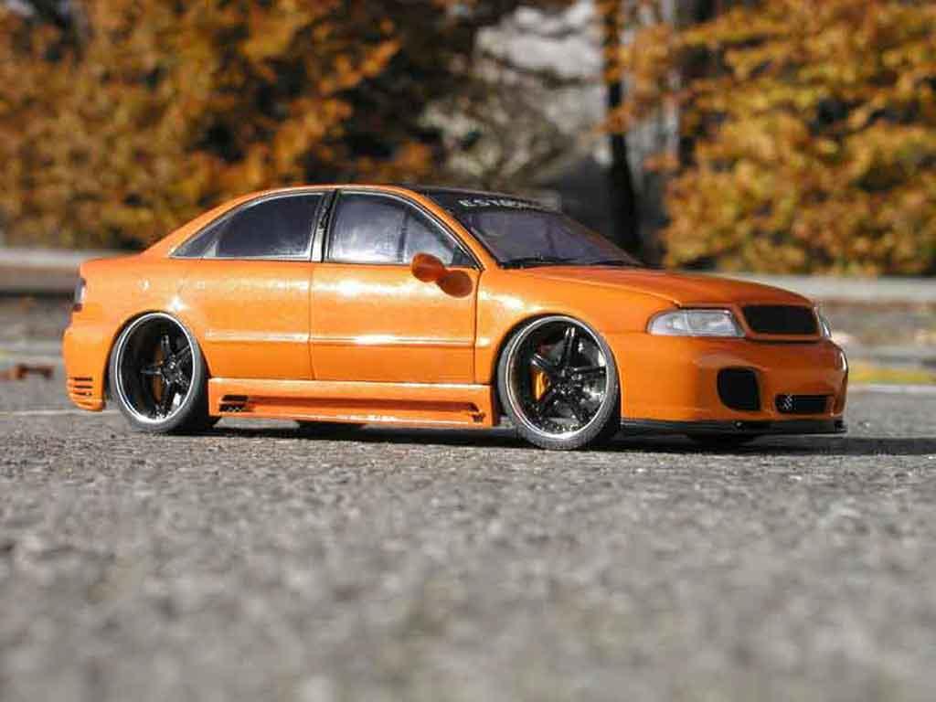 Audi A4 1/18 Ut Models estoril