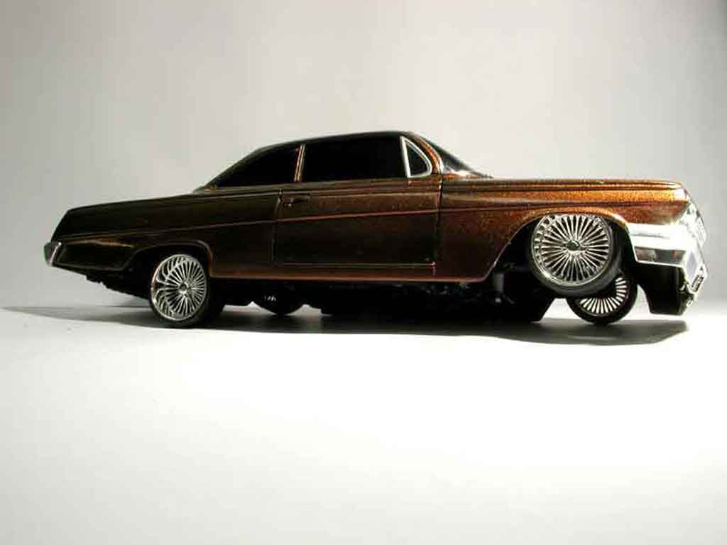 Chevrolet Bel Air 1962 1/18 Maisto 62 ultime lowrider tuning miniature