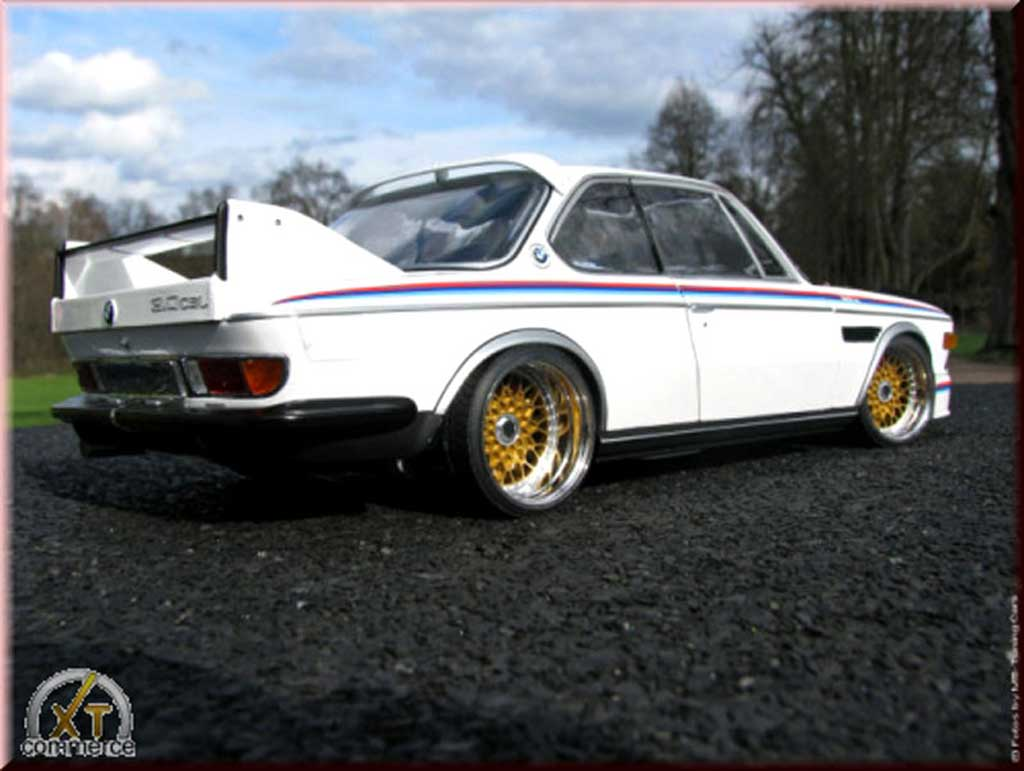 Bmw 3.0 CSL 1/18 Autoart white kit deco csl 3.0l