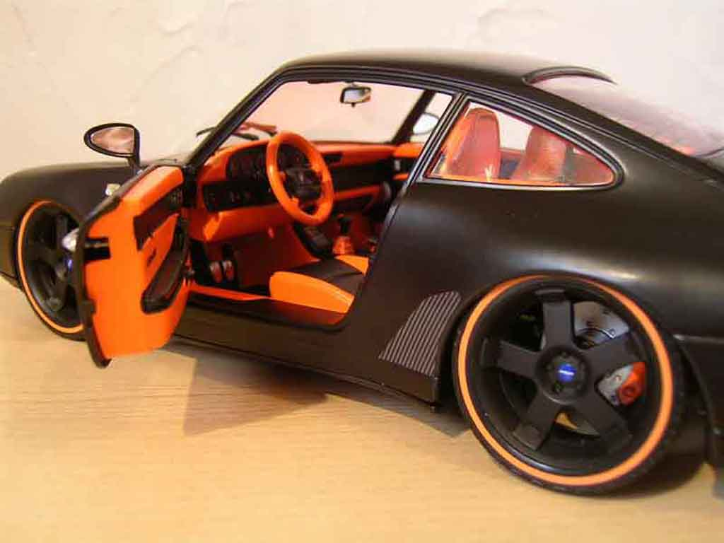 porsche 993 carrera 4 coupe black burago diecast model car 1 18 buy sell diecast car on. Black Bedroom Furniture Sets. Home Design Ideas