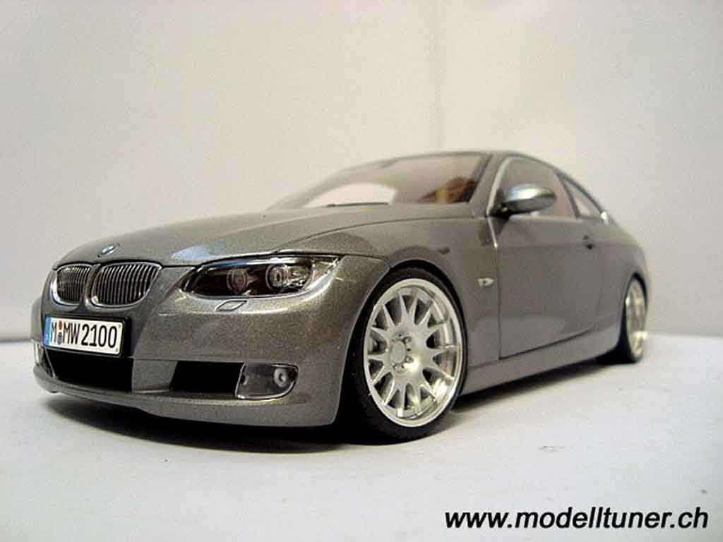 Bmw 330 E92 1/18 Kyosho coupe grise tuning miniature