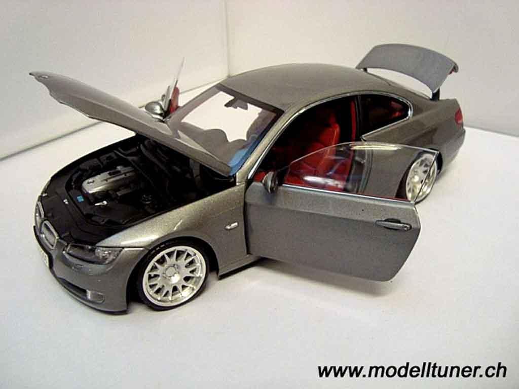 Bmw 330 E92 1/18 Kyosho coupe grigia
